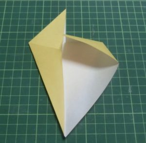 折り方手順・・・反対側も同じように折ります