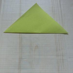 ネクタイ折り方・・・横三角に折りました