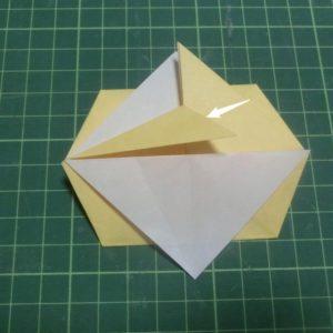 折り方手順・・・袋状になったところを開きます