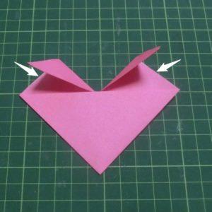 ハートの折り方説明・・・袋状の部分を開きます