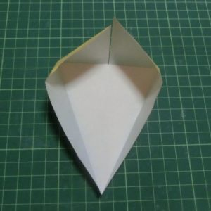 折り方手順・・・開いていく過程です