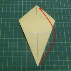 折り方手順・・・角を合わせて折ります