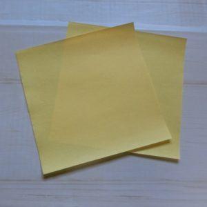 鬼の顔の折り方・・・黄色の折り紙で説明をします