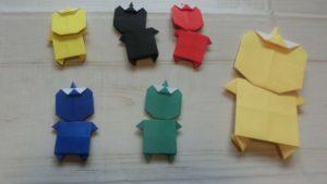 5色の子鬼と15㎝折り紙で作った鬼の折り紙